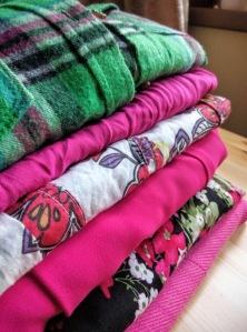 Yard sale haine de vanzare
