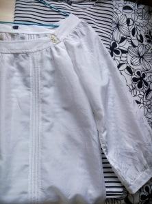 Yard Sale Bluza alba
