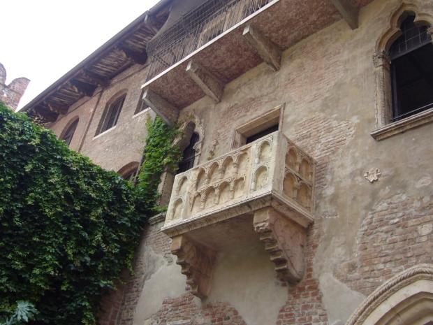 #Italy #Verona #Juliet #lovestory #romeoandjuliet