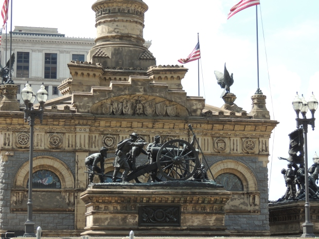 Soldiers and Sailors Monument in Cleveland - blogin2.com